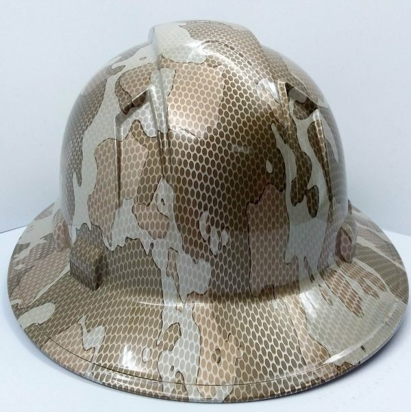 Full Brim Desert Camo Hard Hat with 4 Point Ratchet Suspension